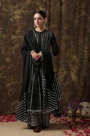 black MrinalikaChaand Salwar suit