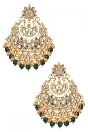 Big Emerald bead kundan chandbalis