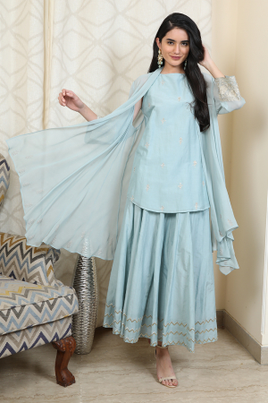 Sleeveless tunic with skirt and overlay