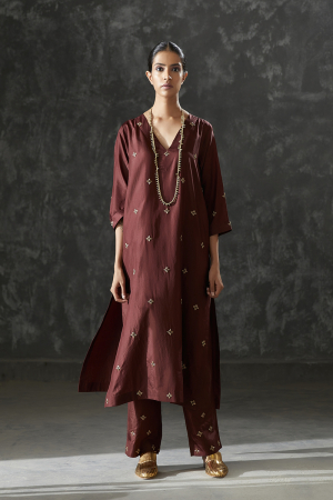 wine zari dabdka work Silk tunic