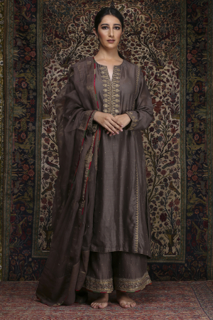 Zainab carob brown set
