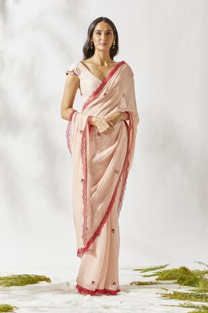 Vintage carnation saree