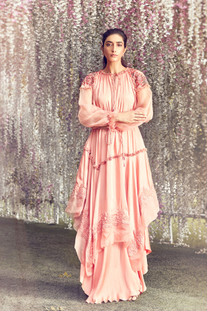 Coral oversized hankerchief kurta with flarred pants