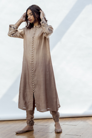 Sarah straight kurta with front opening and embroidery on the cuff