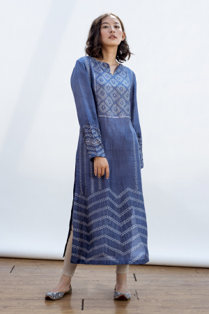Robyn straight kurta with full sleeves