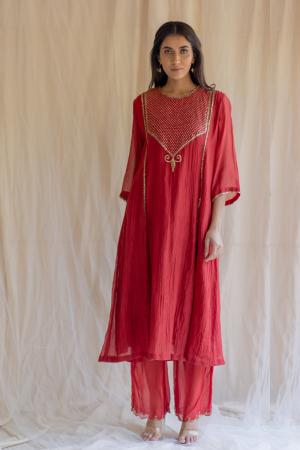red fridaus abho and izaar