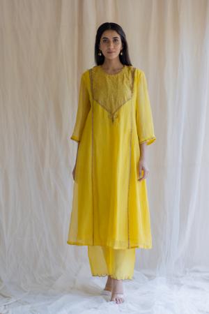 mustard yellow fridaus abho and izaar