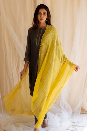 Yellow Chaand odhani