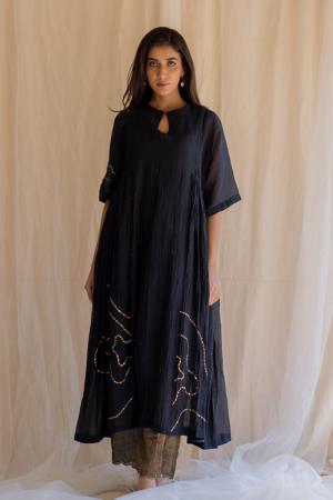 black shabnam kurta and izaar set
