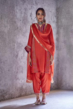 Red laxmi kurta set
