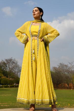 Yellow cape set
