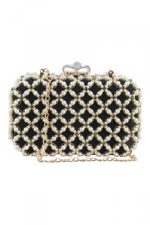 Pearl bead beauty clutch