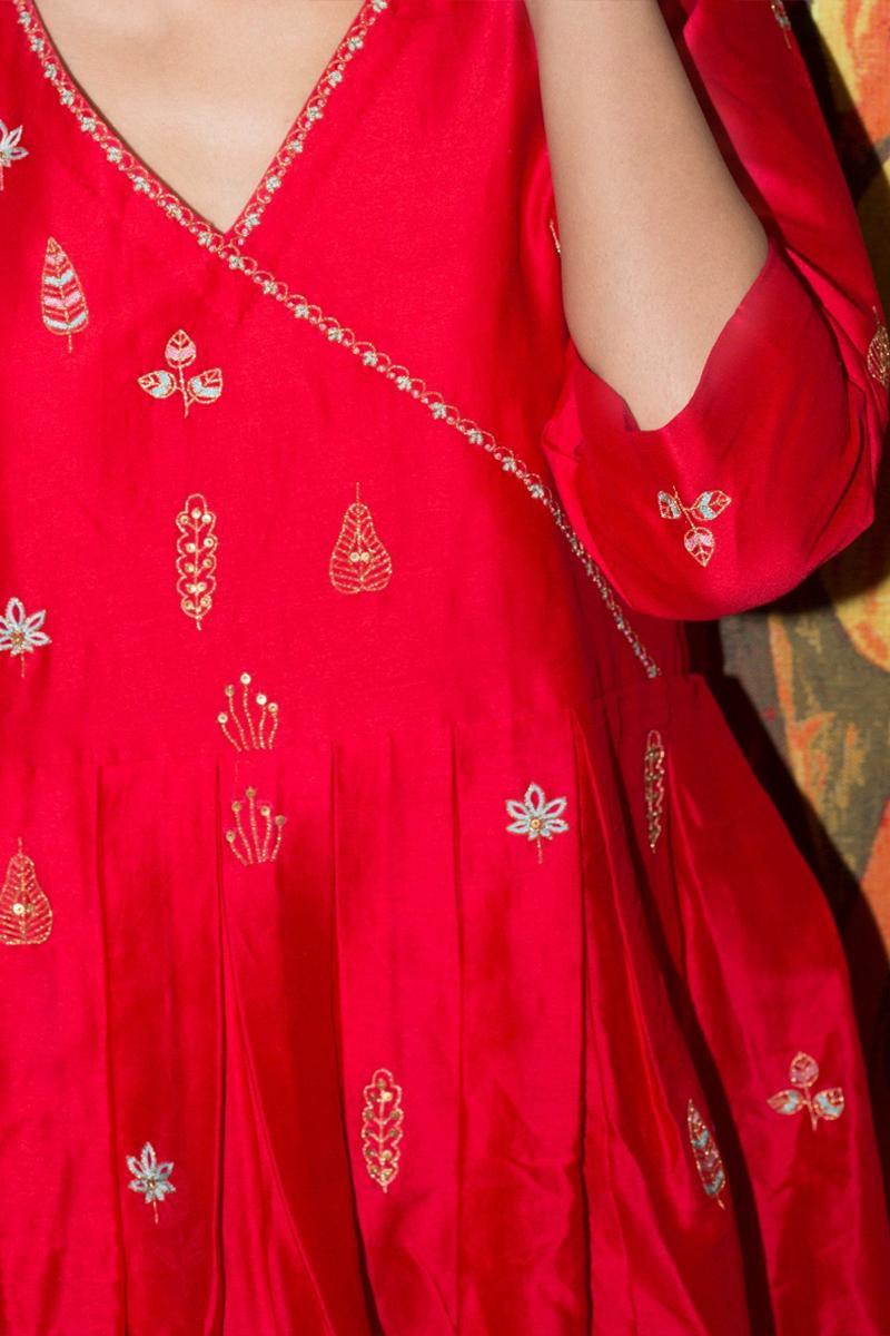 Red Oorja resham buti  short kurta with  pants